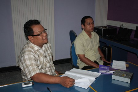 suasana kelas pelatihan teknisi dasar komputer yang diikuti oleh utusan dari dinas kesehatan kabupaten sintang kalimantan barat