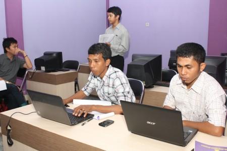 pelatihan manajemen konten web