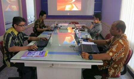 Dinkes Kab Hulu Sungai Utara dalam Pelatihan Web dan Kearsipan Elektronik Online