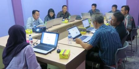 Pelatihan Sistem Informasi Geografis dari Kab OKI