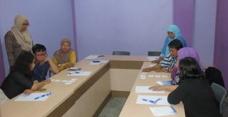 Pelatihan Pelayanan Prima dari Program Pasca Sarjana Universitas Diponegoro