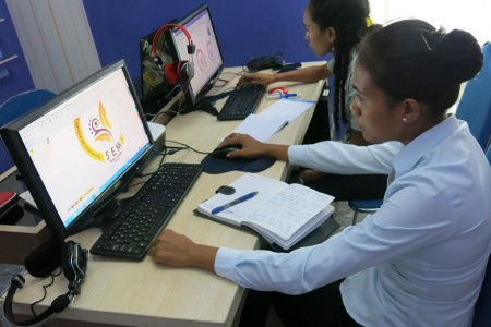 Pelatihan Desain Grafis SEM Republic Democratic Timor Leste