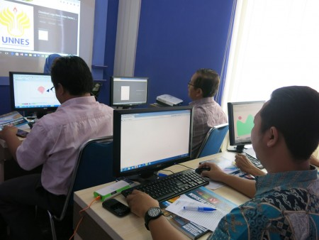 pelatihan-desain-grafis-dan-multimedia