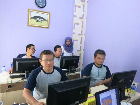 pelatihan-teknologi-informasi-universitas-negeri-semarang