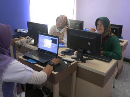Pelatihan Teknologi Informasi DISKOMINFO Kota Pontianak