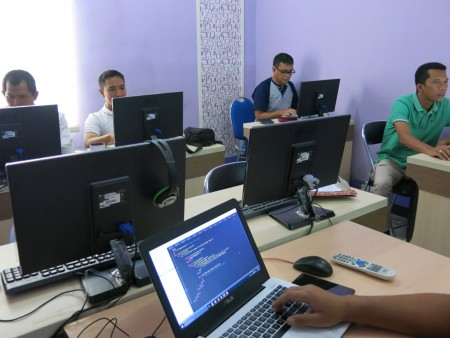 Pelatihan Web Programming BKD Provinsi Papua Barat