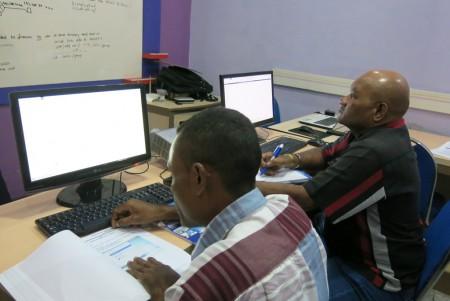 Pelatihan Jaringan Komputer Linux Tingkat Dasar Puskom Universitas Cenderawasih Oktober 2017