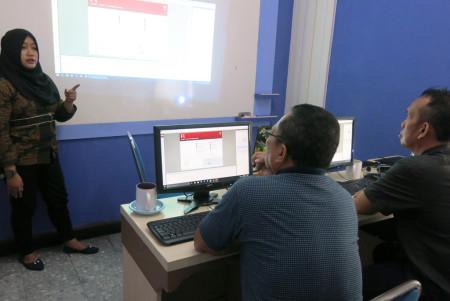 Pelatihan Desain Multimedia Politeknik Negeri Sriwijaya Palembang November 2017