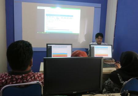 Pelatihan Pengelolaan Data Statistik Sektoral (SIMDATA-INFO) Dinas Komunikasi, Informatika, Statistik dan Persandian Kab Polewali Mandar Maret 2018