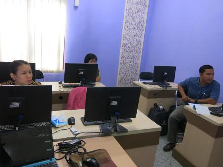 Pelatihan SEM dengan AMOS Universitas Atma Jaya Yogyakarta Mei 2018