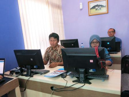 Pelatihan Sistem Informasi Pelayanan Antrian Prima (SIMPRIMA)