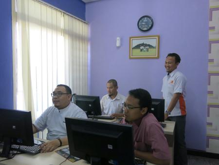 Pelatihan Teknologi Informasi (TI) Fakultas Kedokteran Universitas Diponegoro Semarang September 2018