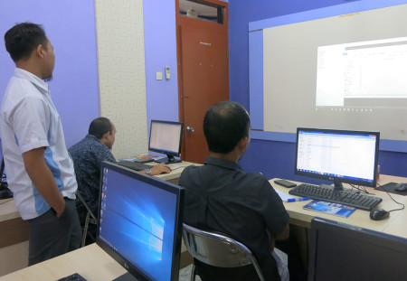 Pelatihan Web Design Tingkat Dasar DPMPPTSP & Perindustrian Kab Belitung November 2018