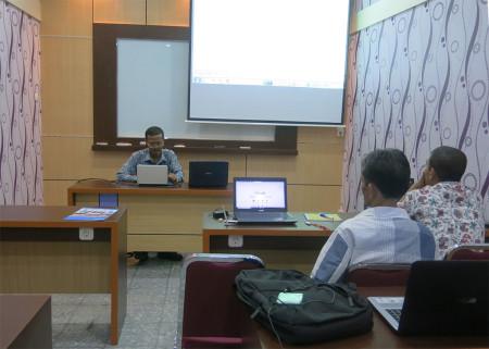 Pelatihan Manajemen Database dan Desain Web DISKOMINFO Kabupaten Kupang November 2018