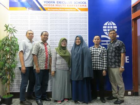 Pelatihan Teknologi Informasi (TI) Pengelolaan Website Pemerintah Dinas Pemberdayaan Masyarakat dan Desa Provinsi Kalimantan Selatan 2019