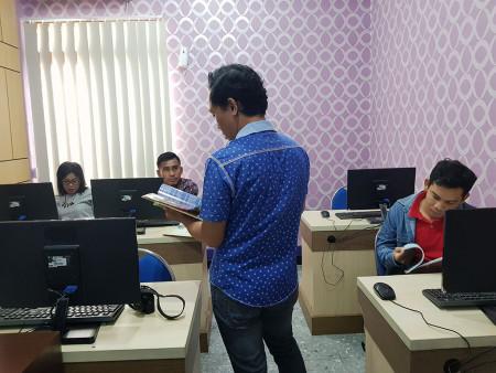 Pelatihan Desain Grafis Media Informasi Visual Dinas Komunikasi dan Informatika (DISKOMINFO) Kabupaten Boven Digoel Maret 2019