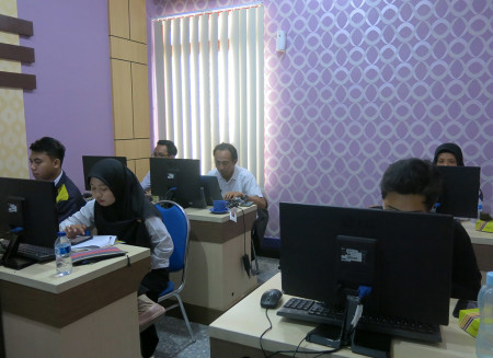 Pelatihan Teknologi Informasi (TI) Desain Grafis Dinas Perpustakaan Dan Kearsipan Kota Yogyakarta Maret 2019