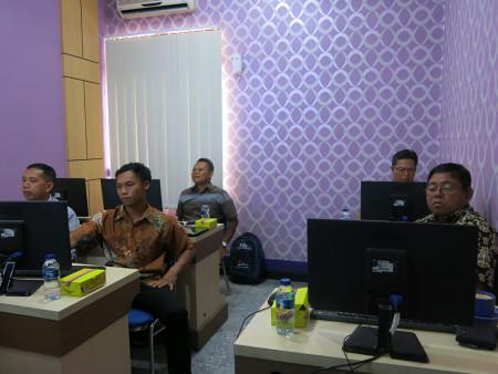 Pelatihan Desain Grafis untuk Media Informasi Visual DISKOMINFO Kabupaten Murung Raya Provinsi Kalimantan Tengah April 2019