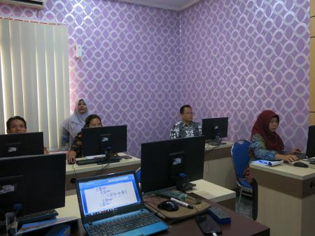 Pelatihan SEM dengan AMOS Politeknik Negeri Samarinda Kalimantan Timur Mei 2019