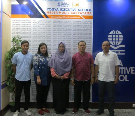 Pelatihan Teknologi Informasi (TI) Geographic Information System (GIS) DPMPTSP Kabupaten Merauke Mei 2019