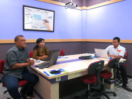 Pelatihan Aplikasi SIMDATA-INFO Dinas Komunikasi dan Informatika, Statistik dan Persandian Kabupaten Gunung Mas Provinsi Kalimantan Tengah Juli 2019
