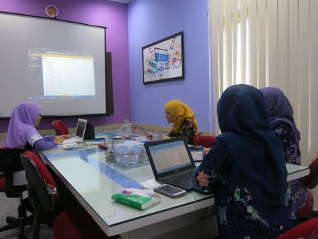 Pelatihan Kearsipan Elektronik dengan E Filing PT. BPR Syariah Baktimakmur Indah Kabupaten Sidoarjo Provinsi Jawa Timur Juli 2019