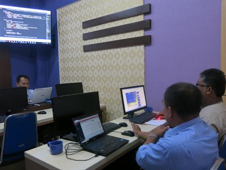 Pelatihan Aplikasi Document Management System (DMS) Fak Hukum Universitas Diponegoro (UNDIP) Semarang September 2019