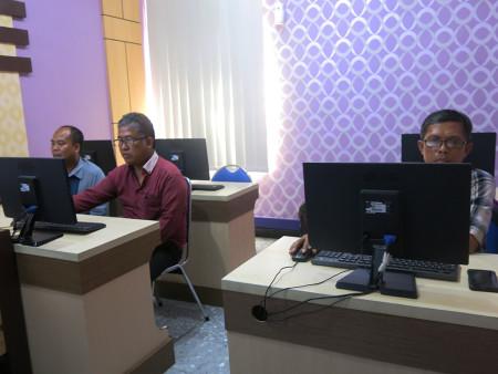 Pelatihan Perkantoran Elektronik Fakultas Hukum Universitas Diponegoro (UNDIP) Semarang September 2019