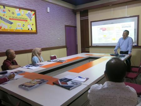 Pelatihan Manajemen Aset Program Pascasarjana Universitas Tadulako Palu Provinsi Sulawesi Tengah November 2019